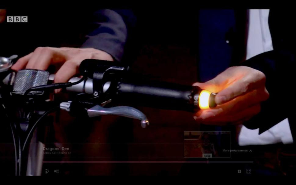 CYCL Winglights — yet another attempt at indicators for bikes. (Screenshot from BBC Dragons' Den)