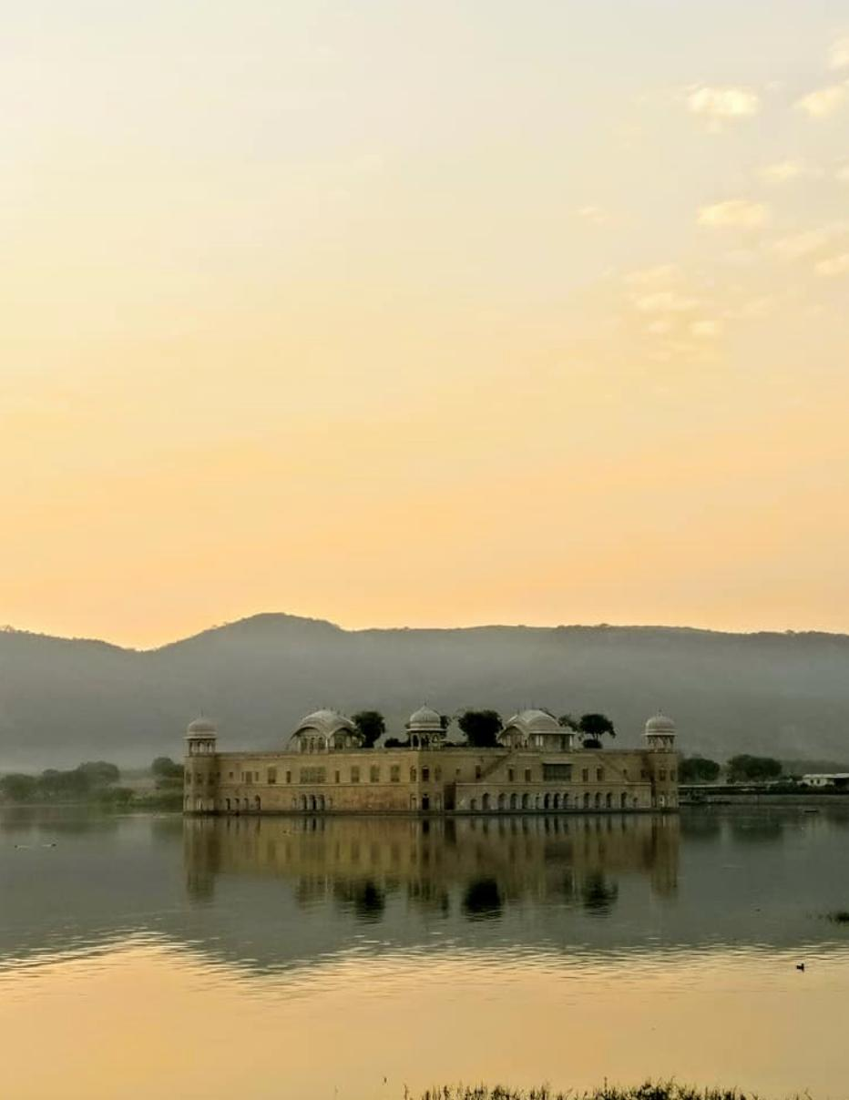 lake palace.png