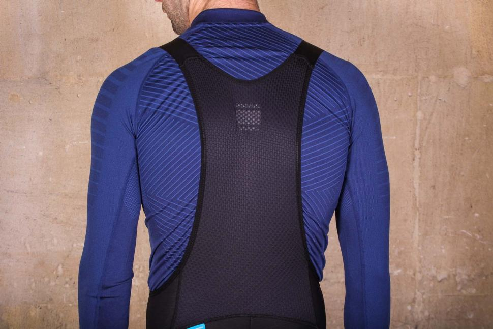 Shimano Evolve Wind Bib Tights - straps back.jpg