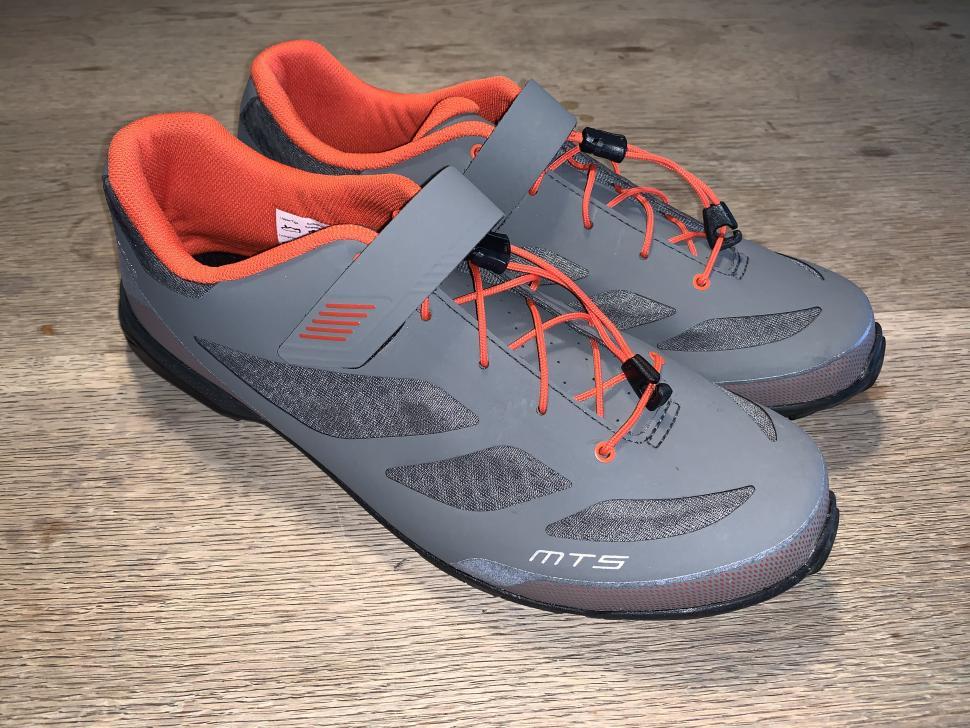 Review Shimano Mt5 Spd Mtb Shoes Road Cc