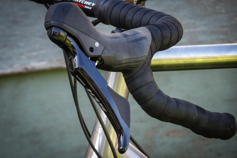 1fd99dc4f2f Review: Shimano 105 R7020 hydraulic disc brakes | road.cc