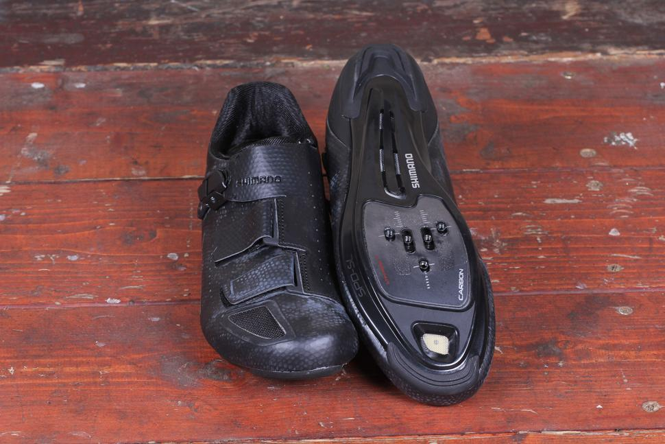 Shimano RP500 road shoe 2.jpg