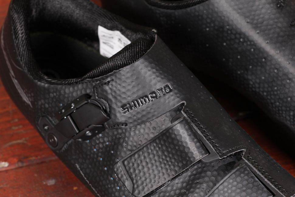 Shimano RP500 road shoe - detail.jpg