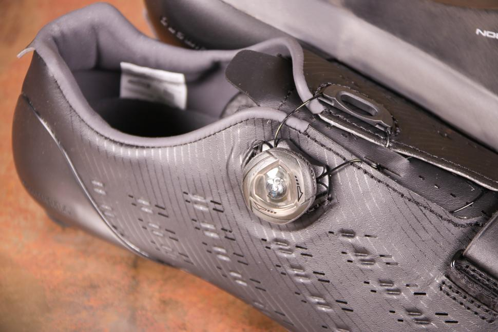 Shimano RP9 SH-RP901 Dynalast Shoe - ratchet.jpg
