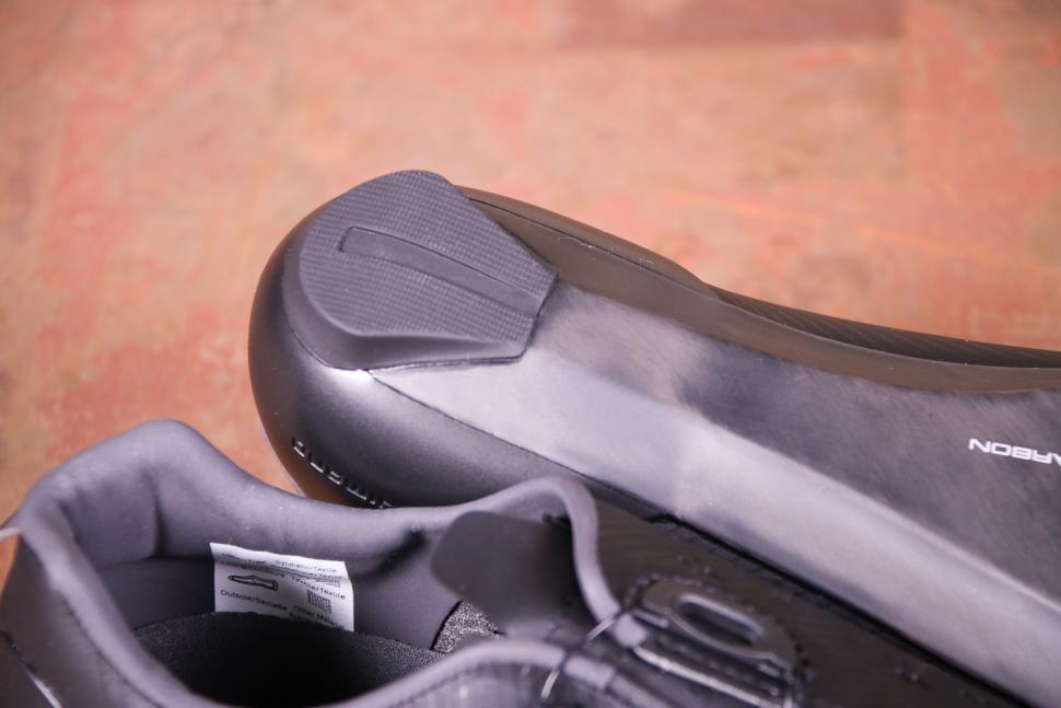 Shimano RP9 SH-RP901 Dynalast Shoe - sole heel.jpg