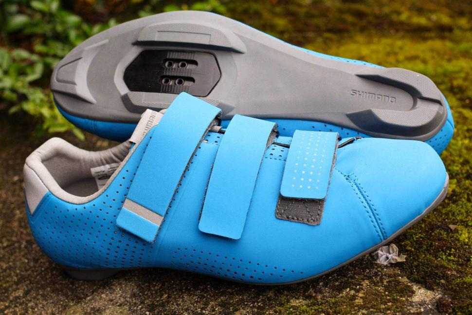 722c330ed First Look  Shimano RT5 road shoes with recessed cleats