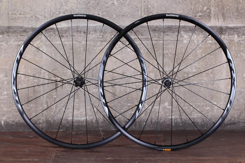 5c37aae4a6b 12 of the best disc brake road wheelsets | road.cc