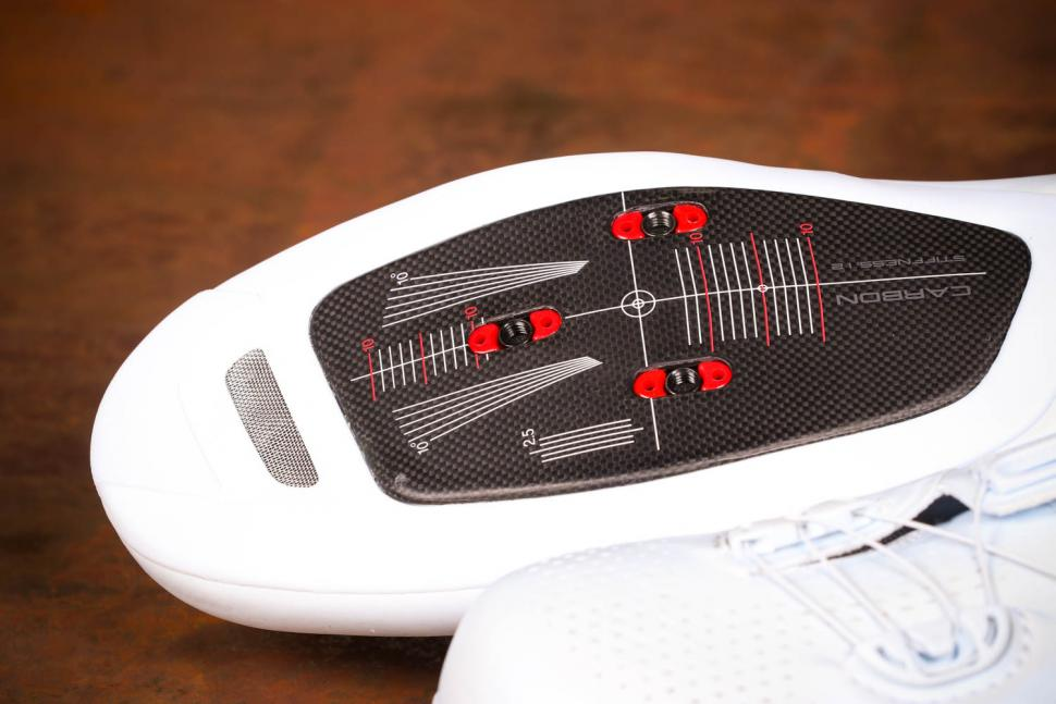 Shimano S-Phyre RC9 - sole toe.jpg