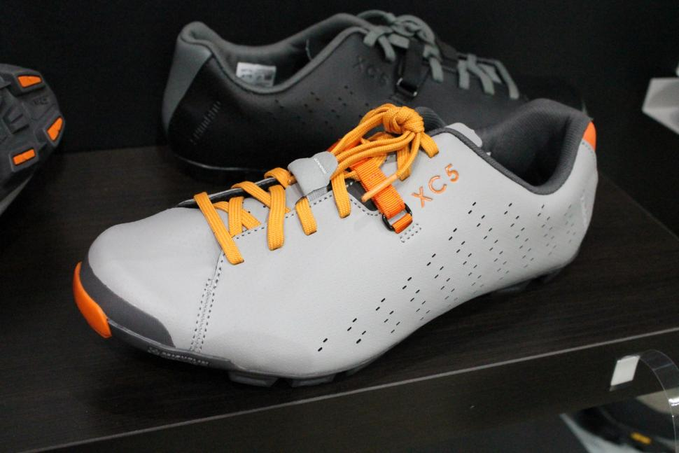 Shimano XC5 shoes - 1.jpg