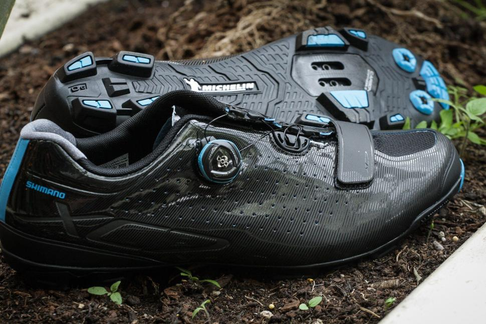 b09319447 Review  Shimano XC7 SPD shoes