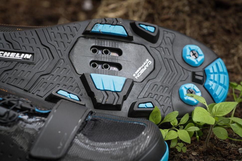 Shimano XC7 shoes-2.jpg