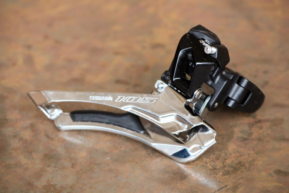 shimano_105_r7000_groupset_-_front_mech.jpg