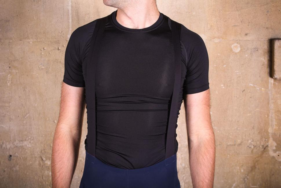 shimano_evolve_bib_shorts_-_straps_front.jpg