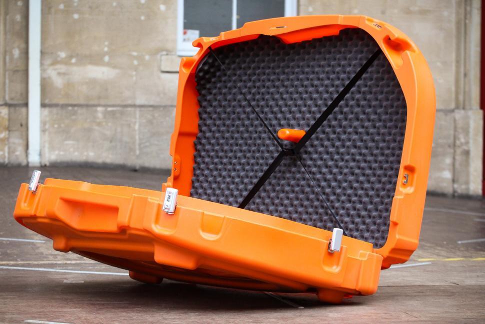 shokbox_orange_premium_-_inside_1.jpg