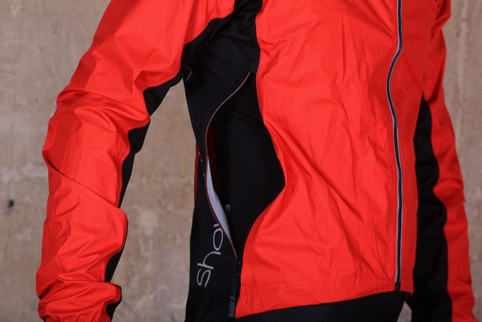 Showers Pass Spring Classic Jacket - vent.jpg