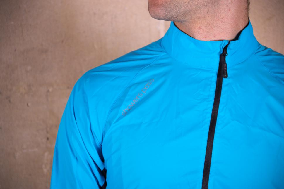Showers Pass Ultralight Wind Jacket - shoulder.jpg