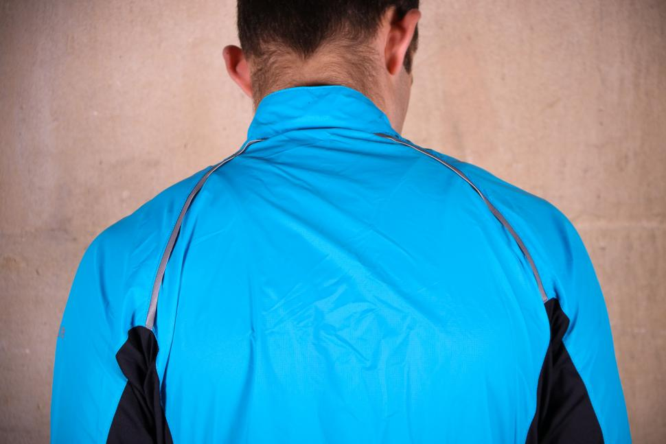 Showers Pass Ultralight Wind Jacket - shoulders.jpg