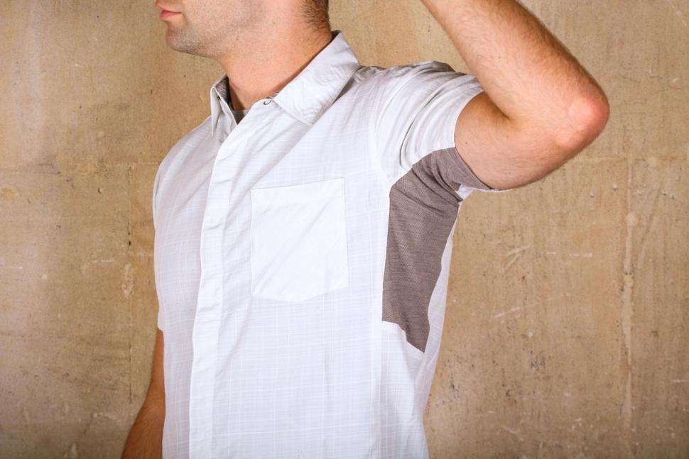 showers_pass_mens_scout_shirt_short_sleeve_-_underarm_material.jpg