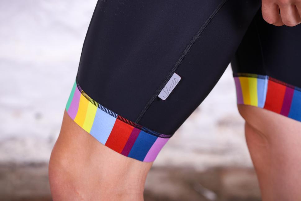 Shutt Velo Rapide Signature Sanremo Bib Shorts - cuff 2.jpg