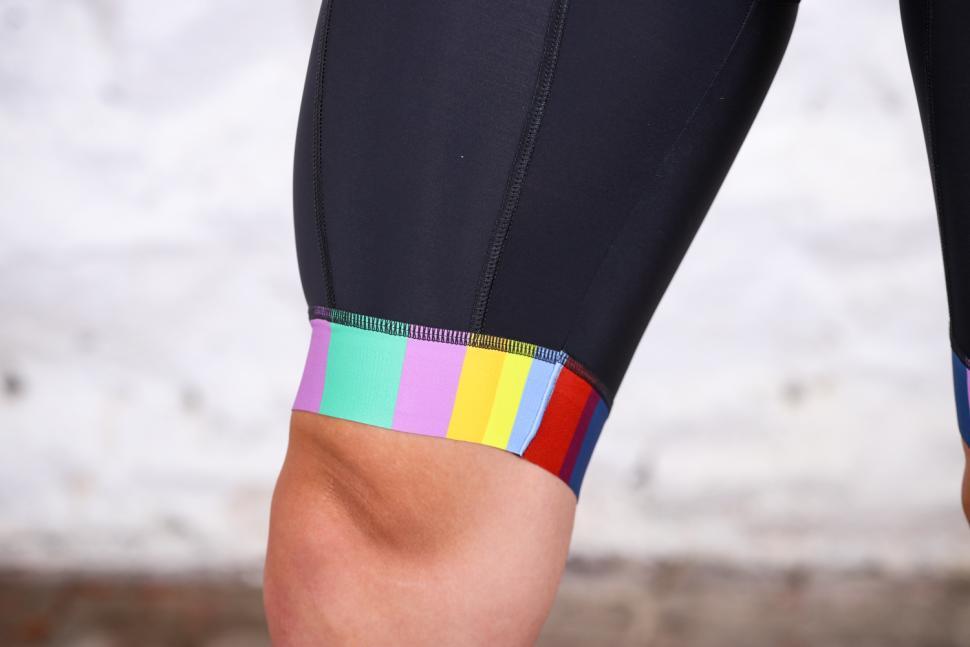 Shutt Velo Rapide Signature Sanremo Bib Shorts - cuff.jpg