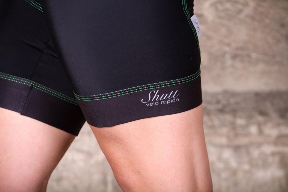 shutt_velo_rapide_womens_greentech_bib_shorts_-_cuff.jpg