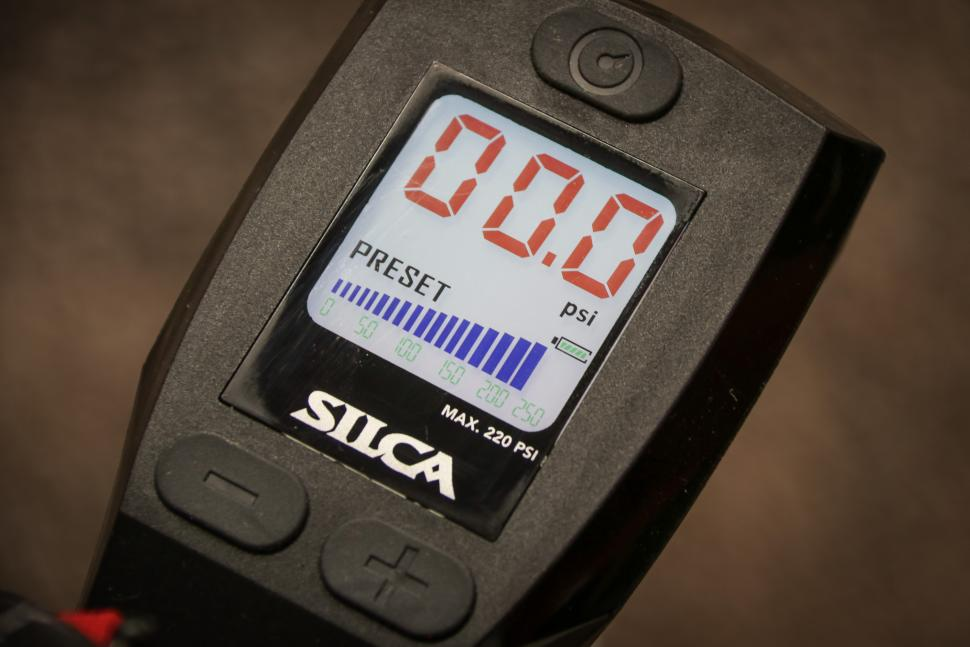 Silca Superpista digital Floor Pump-3.jpg