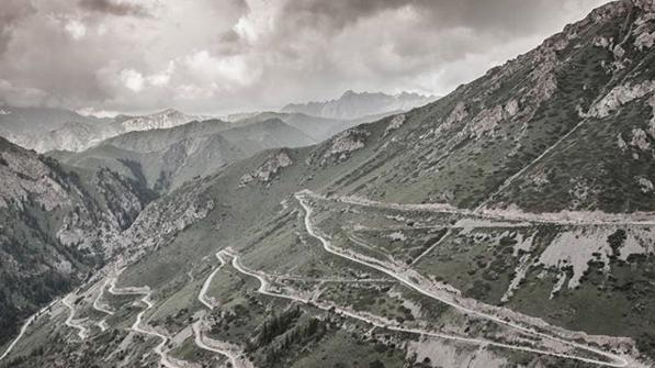 SilkRoadMountainRace-Road to Molda-Ashuu Pass.png