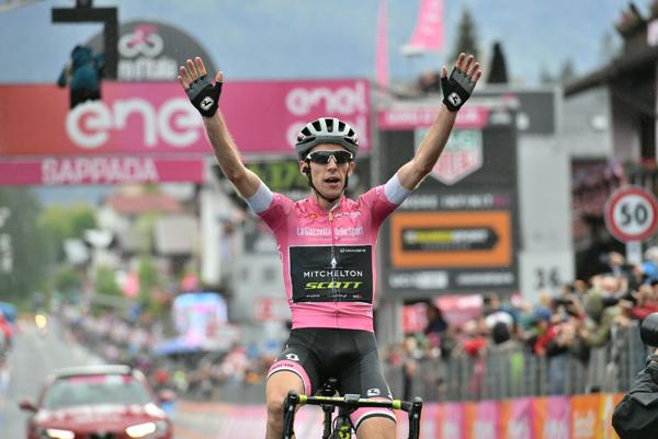 Simon Yates wins Stage 15 of the# 2018 Giro d'Italia (picture credit LaPresse).jpg