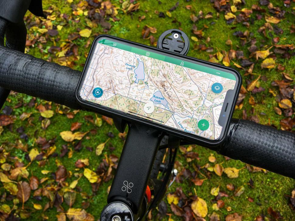 SKS Compit Cover - on bike 2.jpg
