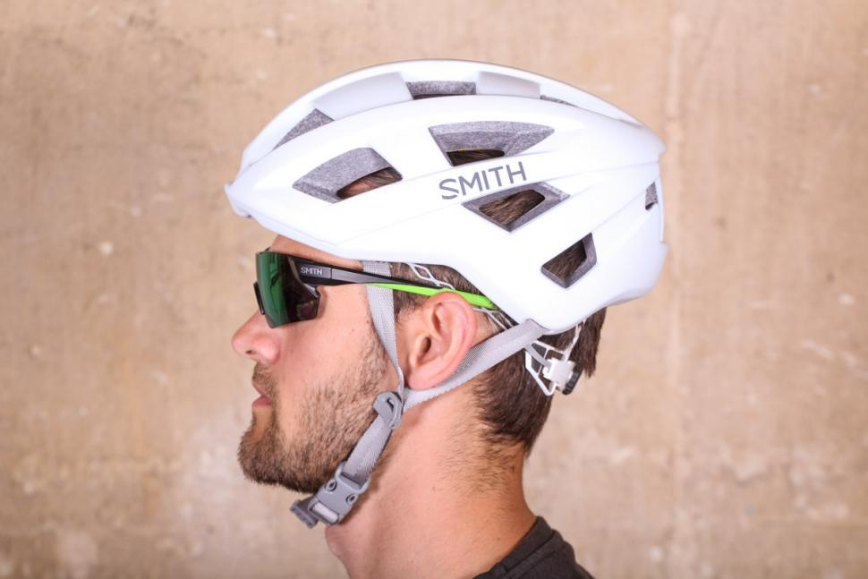smith_portal_cycle_helmet_-_side.jpg