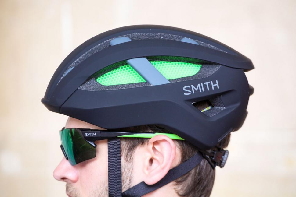 smith_network_helmet_-_side