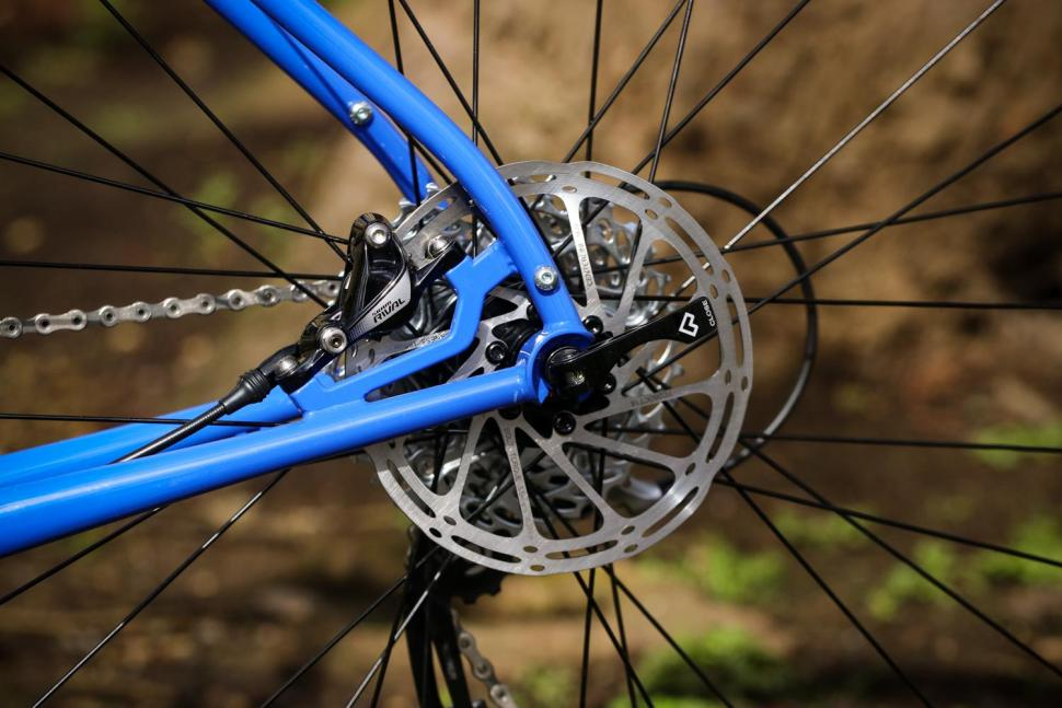 Review: Sonder Santiago Rival22 Hydraulic   road cc