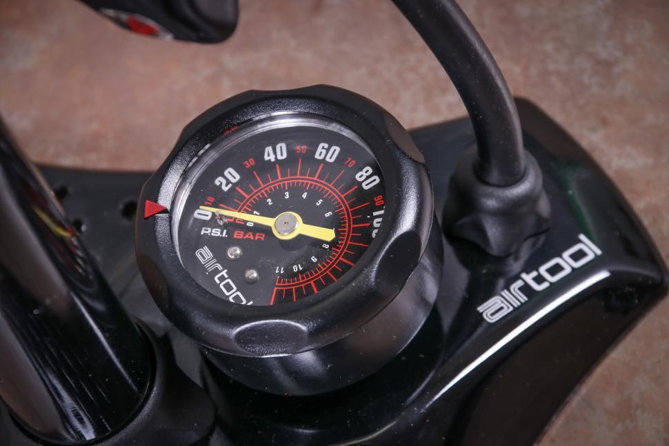 Specialized Air Tool Sport SwitchHitter II Floor Pump-3.jpg