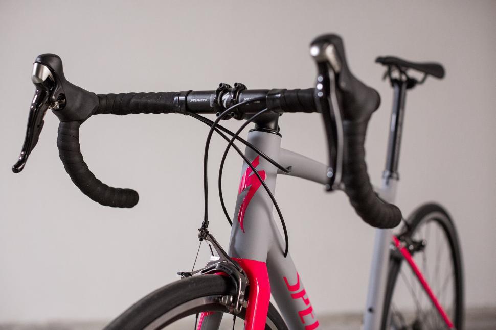 Specialized Allez revamped for 2018 - lighter frame, new carbon fork ...