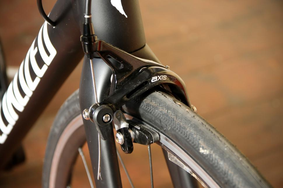 Specialized Allez Elite - front brake.jpg