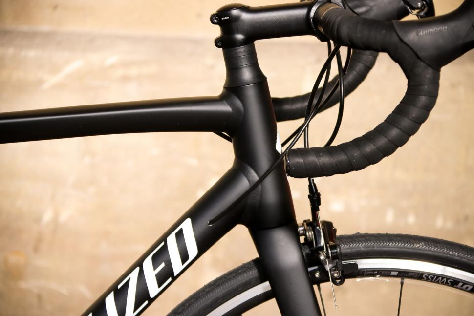 Specialized Allez Elite - head tube.jpg