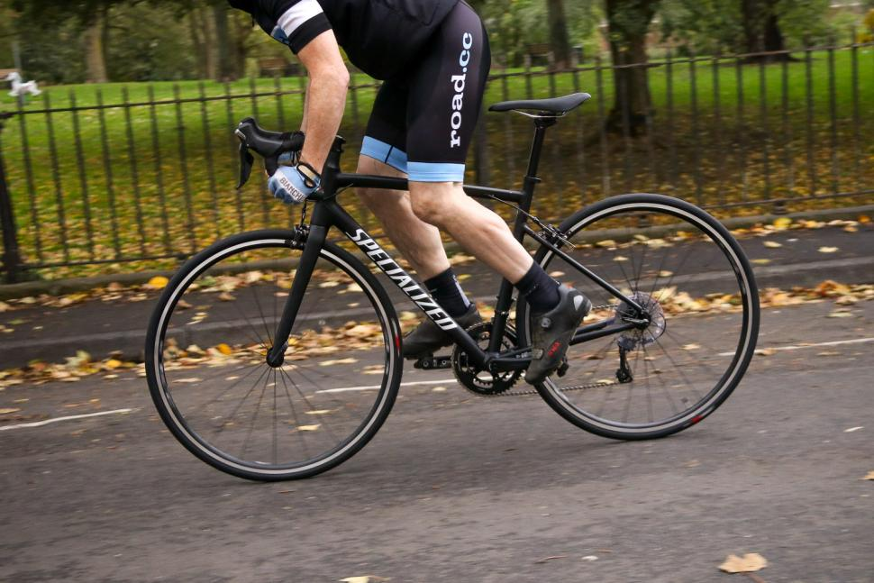 Specialized Allez Elite - riding 2.jpg