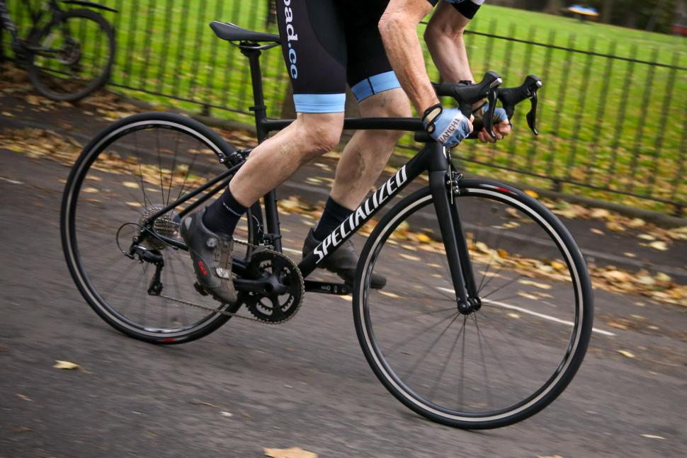Specialized Allez Elite - riding 3.jpg