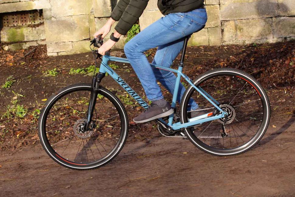 Specialized CrossTrail Sport - riding 4.jpg
