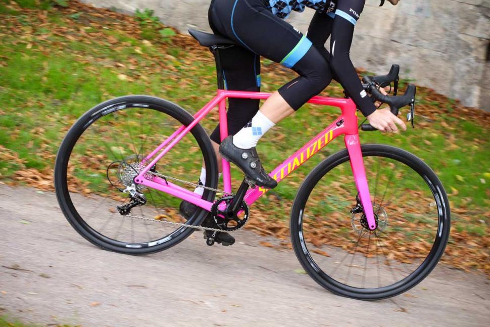 Specialized CruX Elite - riding 3.jpg