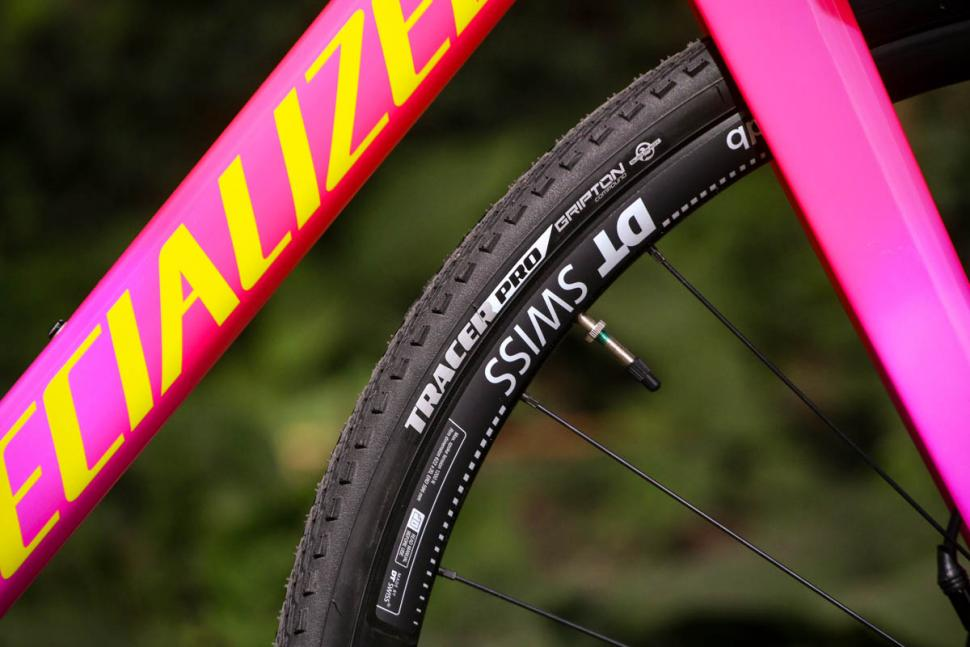 Specialized Crux Elite - tyre.jpg
