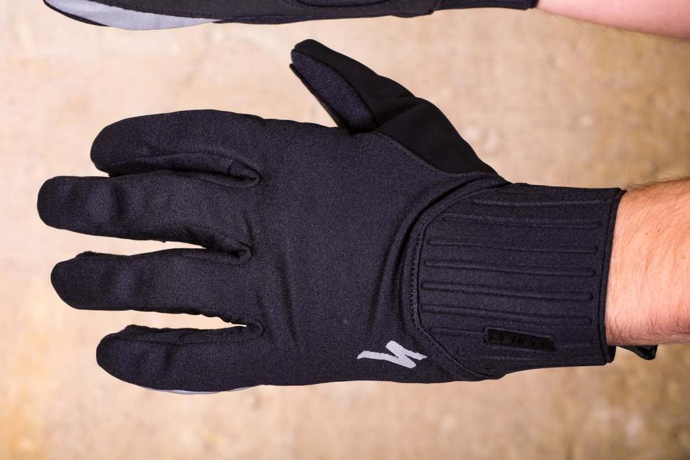 Specialized Deflect Gloves - back.jpg