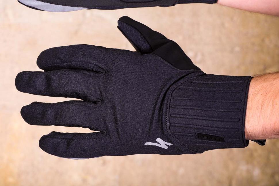 Specialized Deflect Gloves - back.jpg