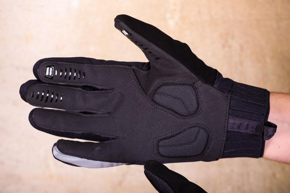 Specialized Deflect Gloves - palm.jpg