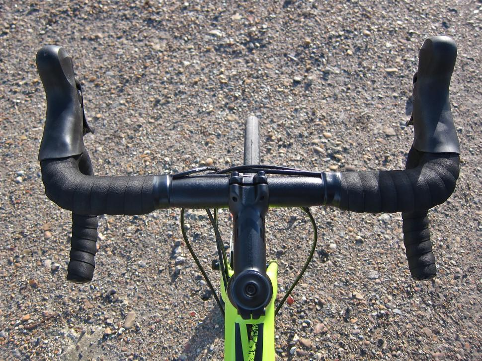 Specialized Diverge Comp Carbon - Cockpit Top.jpg
