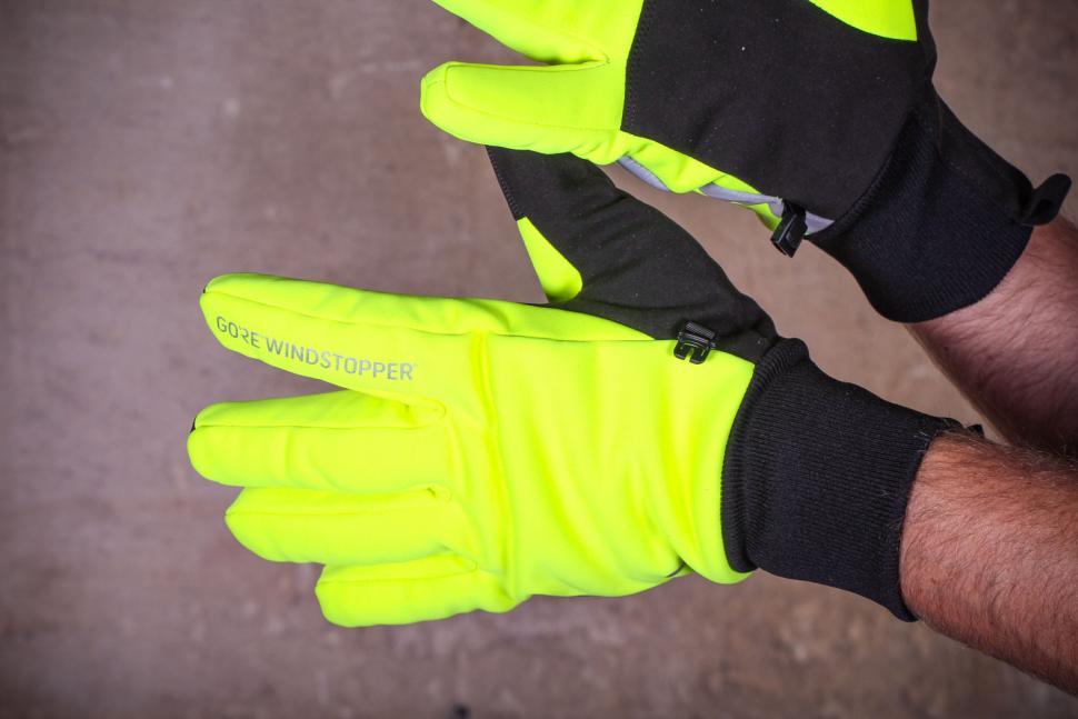 Specialized Element 1.0 gloves - back.jpg