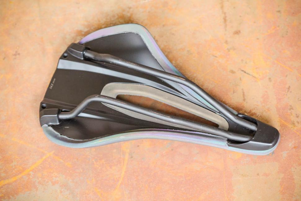 Specialized Power Arc Expert Body Geometry Saddle - underside.jpg