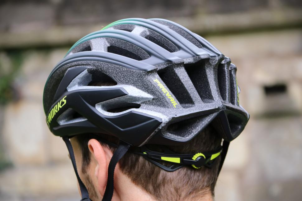 Specialized Prevail II - back.jpg