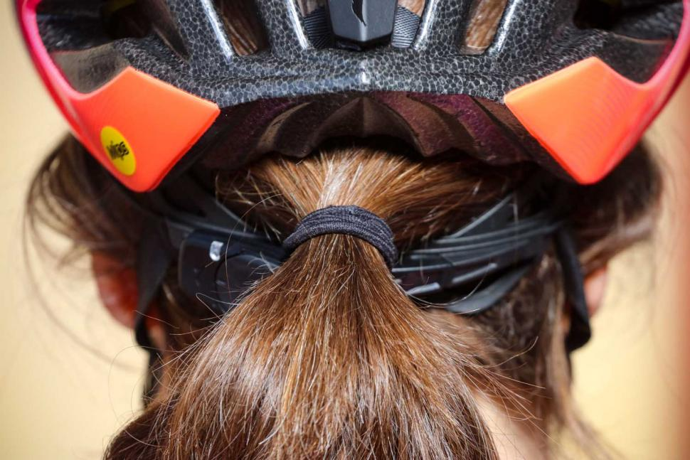 Specialized Prospero III with ANGI helmet - hair port.jpg