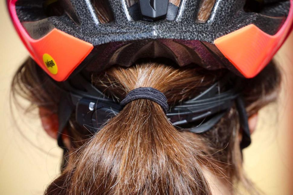 Specialized Prospero III with ANGI helmet - hair port.jpg